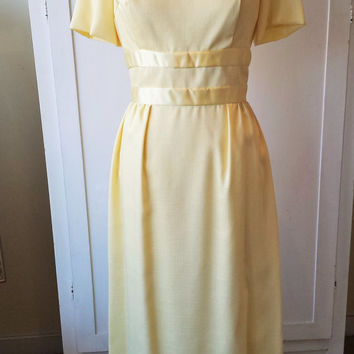 Vintage 1960's Yellow Maxi Dress / 60s Full Length Dress / Summer Bridesmaid Dress / Brides Maid /  Spring Gown