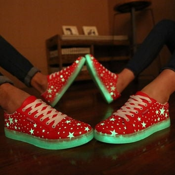 2015 New Specials hot Selling emitting luminous casual shoes women couple LED lights shoe fashion sneakers Fluorescence = 1929999940