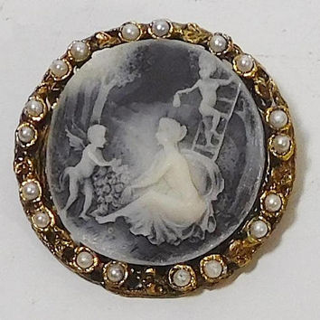 Fairy Cameo Brooch, Pearl Brooch, Antiqued Gold, Large Round Brooch, Fairy Jewelry, Faerie Cameo Brooch, Fairy Pin, Grey Cameo, Forest Fairy