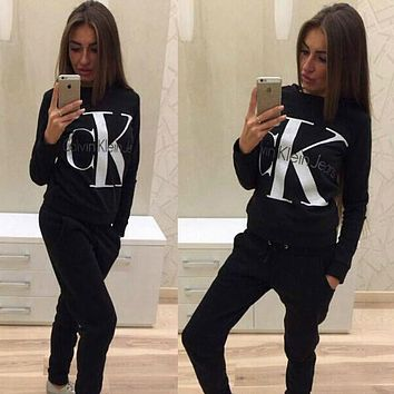 CALVIN KLEIN Top Sweater Pullover Pants Trousers Set Two-Piece