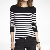 STRIPED FITTED CREW NECK SWEATER