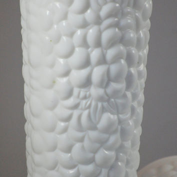 Pair Of Vintage White Milk Glass Vases Pebble Leaf Fruit Pattern