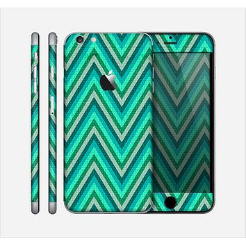The Vibrant Green Sharp Chevron Pattern Skin for the Apple iPhone 6 Plus