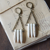 Mayan Ruins Earrings - White