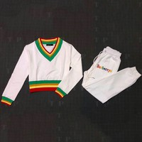 Burberry 2018 autumn and winter rainbow embroidery fight to receive foot pants + V-neck sweater two-piece F-AF-MMOH White