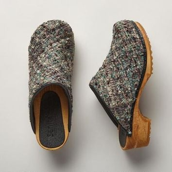Karyn Green Tweed Clogs