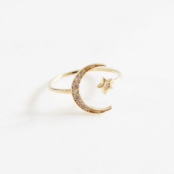 Crescent Star Ring
