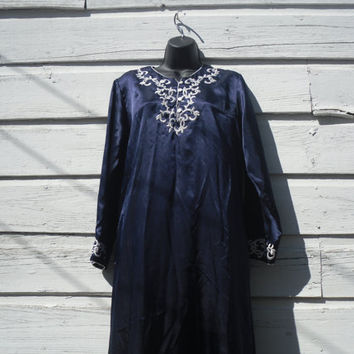 Vintage Oscar De La Renta 1970's Caftan Dress Loungewear Blue White Small