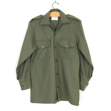 Vintage 80s Olive Green Men's Army Shirt - Small - Wool Blend New Zealand Military Surplus Magrath Mfg Button Front Epaulette 37 cm