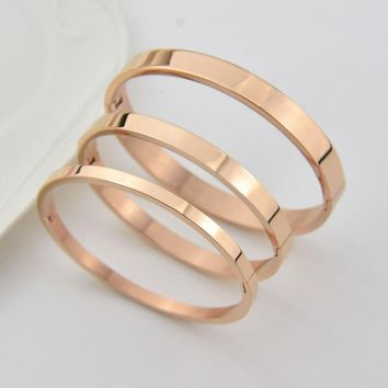 Classic smooth bangle couple bracelet