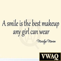 A Smile is the Best Makeup A Girl Can Wear Marilyn Monroe Decals Quotes MM-408