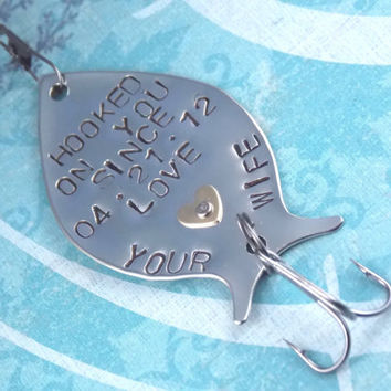 Personalized Fishing Lure, HOOKED ON  YOU, Custom Fishing Lure, Personalized Gift, Fishing Lure, Fisherman, Dad, Grandpa, Husband, Gift