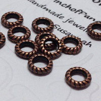 12 Mini Antique Copper Engraved Rings,Tiny Closed Jump Rings,Fluted Tiny Rope Rings,Engraved Copper Ring Art,Small Copper Connectors