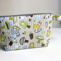 make up pouch green mushroom, cosmetic bag, novelty pouch, zippered pouch