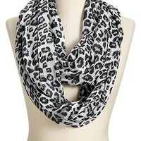 Women's Leopard-Print Infinity Scarves | Old Navy