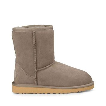 DCCK8X2 Toddlers Classic Suede Toddler Bootie