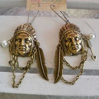 Chain & Charm Indian Head Earring