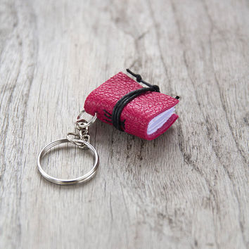 Book keychain, leather keychain, miniature book charm, graduation literature jewelry, key accessory, men women keychain, leather journal