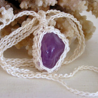 Crochet pendant With Amethyst and cotton