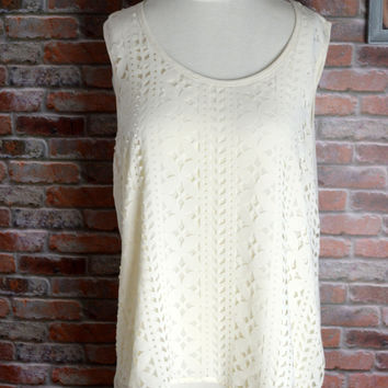 Blu Pepper Lined Cut Out Tank Blouse Ivory Like New L