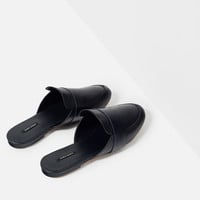 LEATHER SLIDES WITH STRAP