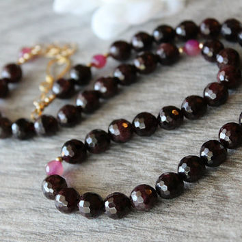 Natural Garnet and Pink Tourmaline Strand Necklace, Beaded Necklace, Red Gemstone, Deep Red, 4k Gold filled