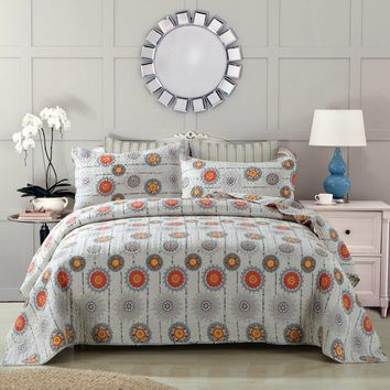 DaDa Bedding Bohemian Constellations Sun & Stars Patchwork Quilted Bedspread Set (KBJ1631)