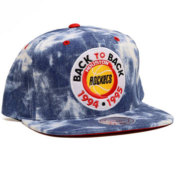 Mitchell & Ness Houston Rockets Back to Back Snapback In Acid Wash