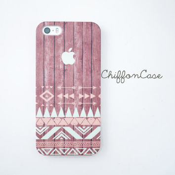 Aztec iPhone 5 case, Wood iphone 5s case, iphone 5 cover, cute iphone 5s cover, Geometric iphone case, iphone cover, cases