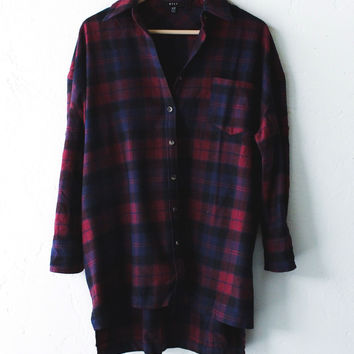 Oversized Plaid Button Down Shirt - Wine/Navy