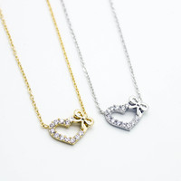 Heart bow necklace