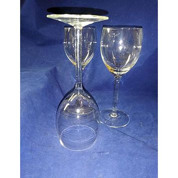 3 Light And Delicate Red Or Burgundy Wine Glasses