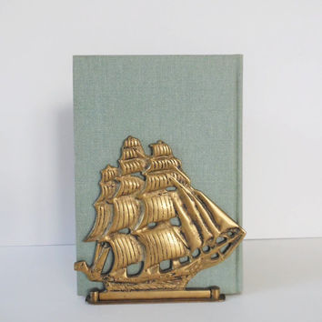 Vintage Brass Ship Bookend Brass Bookend Mid century bookend Brass bookend Mid Century home decor Vintage Sailboat bookend Vintage Ship