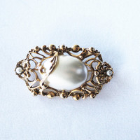 Vintage Ornate Gold and Large Faux Pearl Brooch