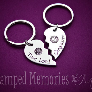 Time Lord & Compaion - Hand Stamped Fangirl Key Chain Set - Doctor Who - Heart Keychain - Fandom - Gallifreyan - Fan Girl - BFF Matching