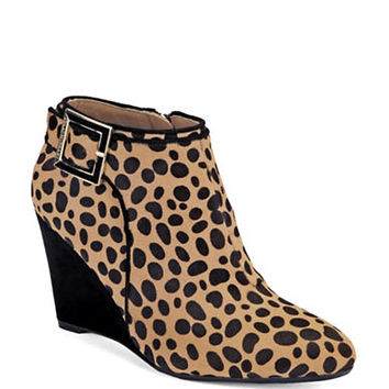 Isaac Mizrahi New York Winona Cheetah Print Wedge Booties