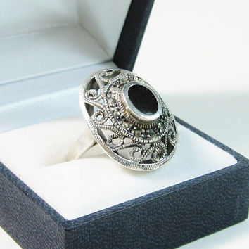 Sterling Onyx Ring Bold Marcasites Silver Black Stone Intricate Heavy Oval Swirl Design Size 9