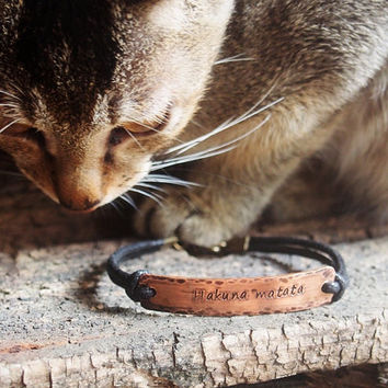 Hakuna Matata Bracelet, Personalized quote bracelet, stamped bracelet, engraved quote bracelet, quote bracelet, Copper leather bracelet gift