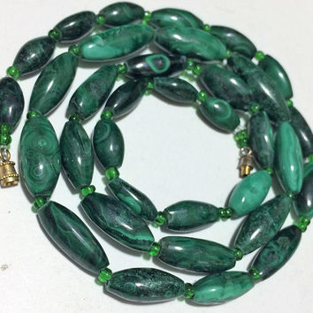 Malachite Stone Graduated Bead Necklace, Artisan Made, Tribal Boho Style, Green Glass Separator Beads, Vintage Jewelry 618m