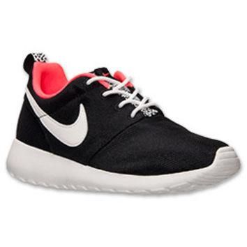 Girls' Grade School Nike Roshe Run Casual Shoes