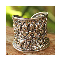 Sterling Silver 'Mae Ping Jasmine' Ring (Thailand)