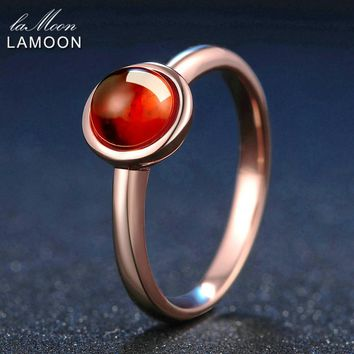 LAMOON Classic Simple 6mm 1.1ct 100% Natural Red Garnet Ring 925 Sterling Silver Jewelry Rose Gold Romantic Wedding Band LMRI026