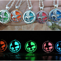 FREE SHIPPING Glow in the dark mocking sparrow bird jay necklace