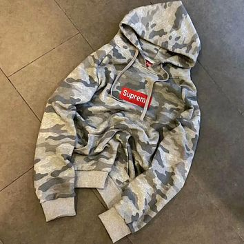 Supreme Fashion Women Men Leisure Camouflage Print Letter Embroidery Hoodies Sweater Top I-CR-CP-WM-YD