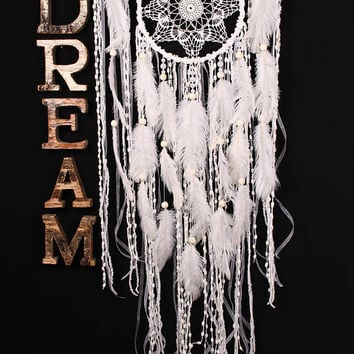 Wedding gifts White Dreamcatcher Boho Dream Catcher Large white crochet dreamcatcher gift wedding ceremony photo backdrop Bohemian handmade