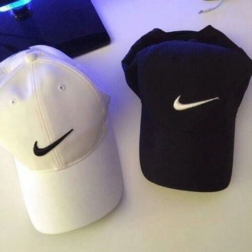 Nike Tech Swoosh Cap, Black/White, Size can be adjusted Black White