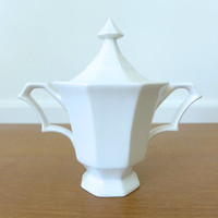 Independence Ironstone Castleton sugar bowl with lid