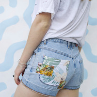 "Retro Tropical Pocket Denim Shorts - 25"" Waist"