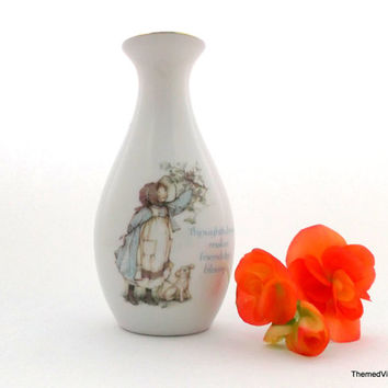Holly Hobbie  porcelain vintage bud flower vase 1980s made in japan thoughtfulness makes friendship bloom