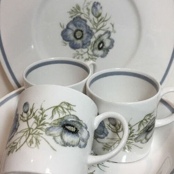 Susie Cooper Glen Mist 15 Pc. Dinnerware Blue Gray Floral Signature Stamp C 1035